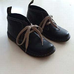 Dr. Martens size 5 black joylyn desert boots